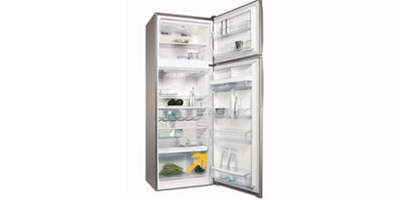 Où se trouve la plaque signalétique de mon réfrigérateur ?